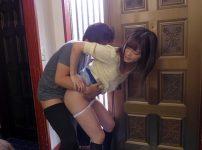 可愛い姉が弟に襲われ即ハメレイプ!玄関で何度も生ハメピストンの餌食に…!奏音かのん