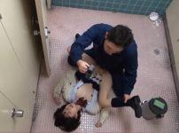 【※JKレイプ※】女子トイレでJKをハメ撮り中出し!制服のまま犯し尽しヤリ逃げ着衣レイプ…!