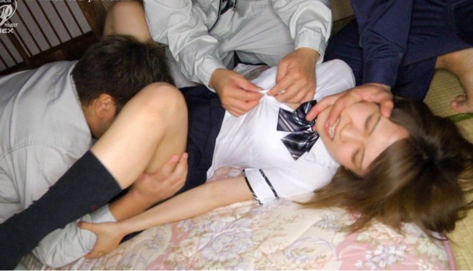 椎名そら【※中出しレイプ※】ギャルJKを力で捻じ伏せ集団連続中出し…!