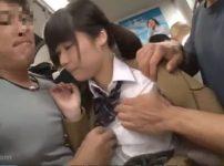 【※中出しレイプ※】気弱なJKを満員電車で取り囲み連続中出し痴漢…!