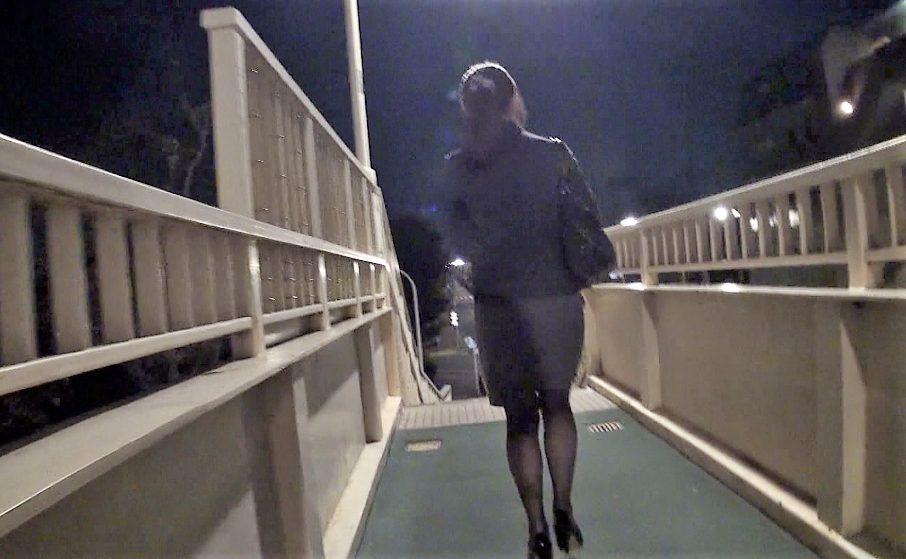 【※OLレイプ※】仕事帰りのOLを付け狙い中出しで犯す!夜道で忍び寄り力尽くで生ハメ…!