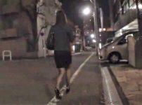【※OLレイプ※】夜道でOLを狙い中出しレイプ!家に侵入し脅して犯す過激映像…!