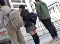 【※JKレイプ※】ニーハイJKを追跡しバス車内でどっぷり射精生ハメレイプ…!