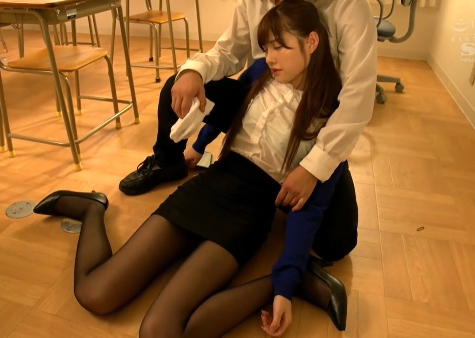 【※橋本ありなレイプ※】新人女教師が盗撮や昏睡させられレイプの餌食に…!